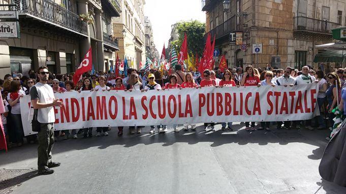 Protesta-scuola-3