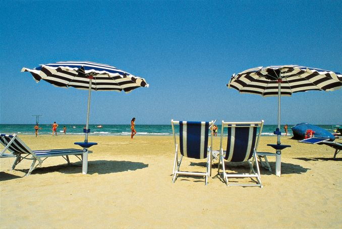 Top 10 beaches near Rome