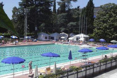 piscine rose