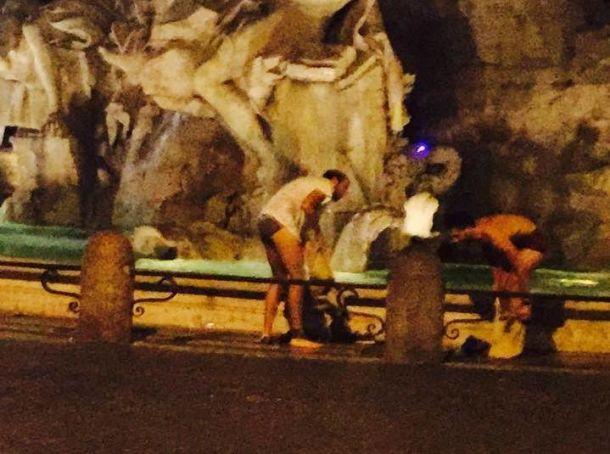 More swimmers in Rome's Bernini fountain
