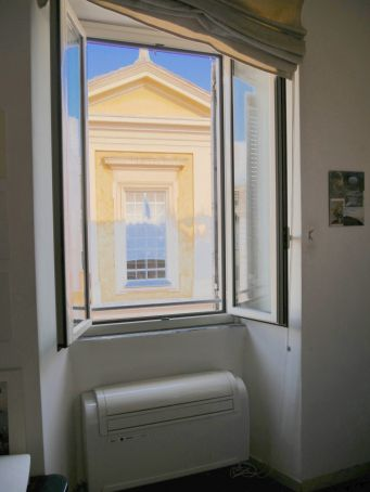 Studio in the heart of Trastevere.