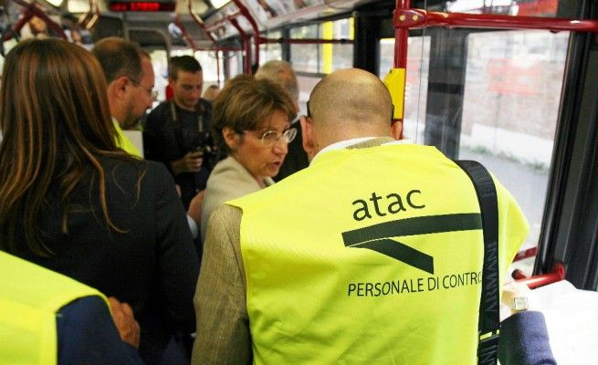 Calls for tighter ticket controls on Rome buses