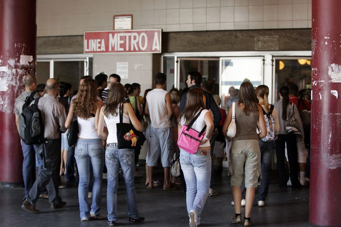 Rome Metro closures for repairs