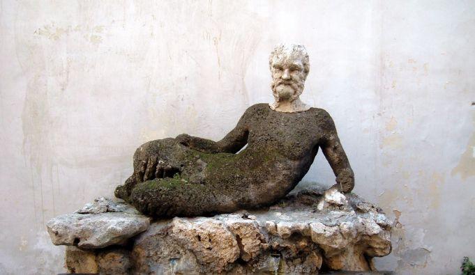 Rome restores Fontana del Babuino