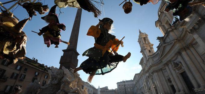 Rome investigates Piazza Navona Christmas market