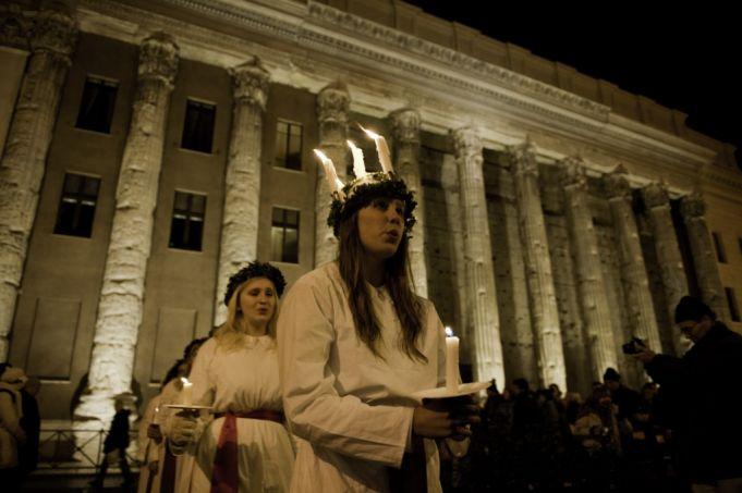 S. Lucia ceremony at Piazza di Pietra