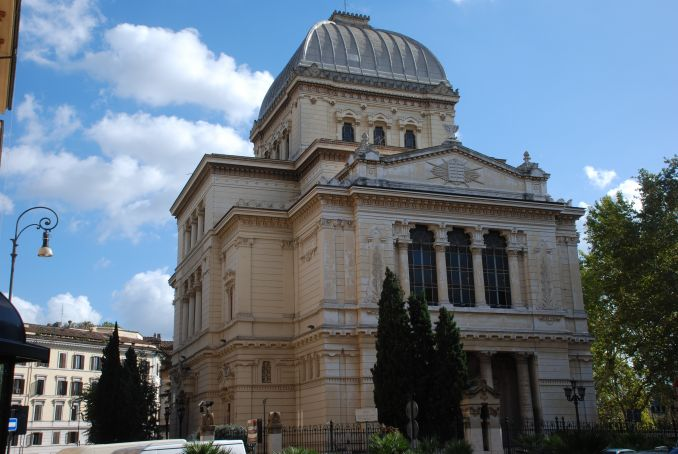 Pope Francis to visit Rome synagogue