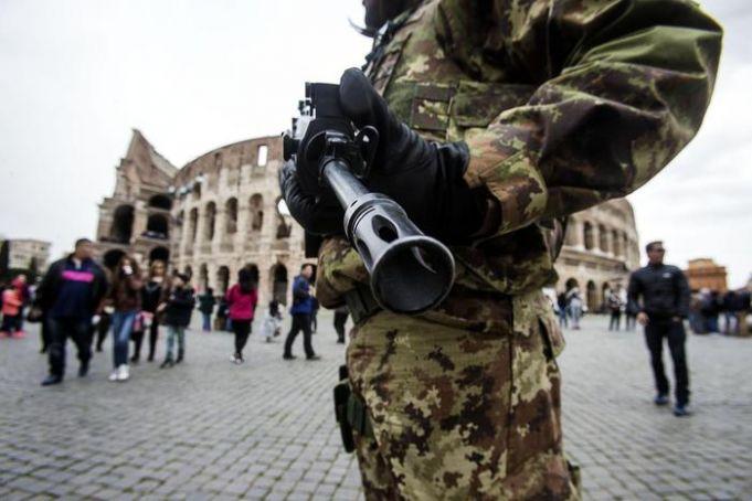 Terror threat hits Rome tourism