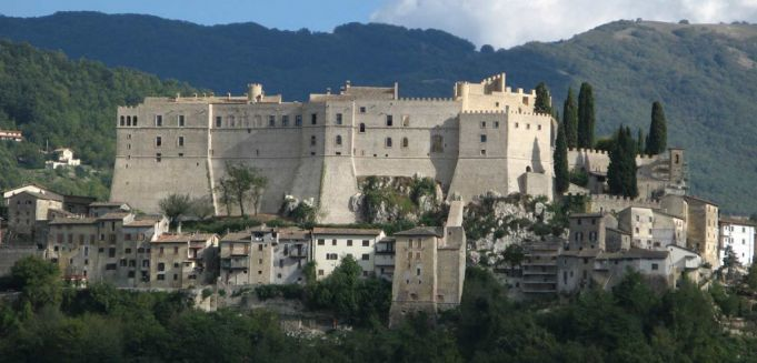 The fortress at Rocca Sinbalda helped protect Sabina from invaders.