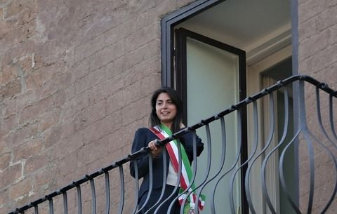 New Rome mayor takes office