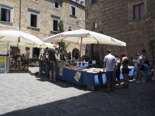 Bonelli publications inside Civita's Porta S. Maria