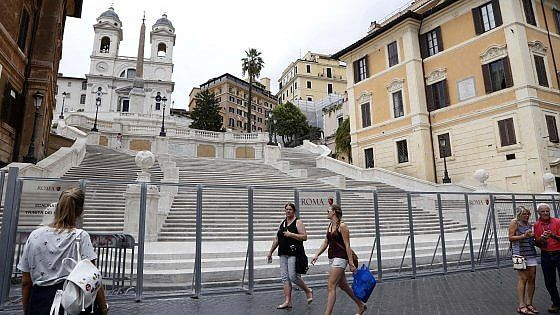 Restoration of Rome's Spanish Steps