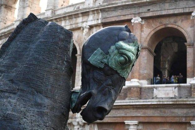 Gustav Aceves: Lapidarium