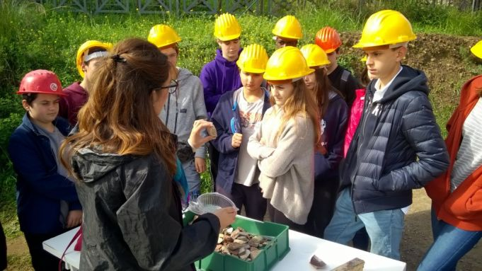 St Stpehen's students have visited the ongoing excavations on the Palatine Hill thanks to LoveItaly!'s Young Ambassadors Programme.