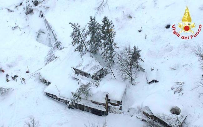 """""""Many dead"""" in Abruzzo avalanche"""