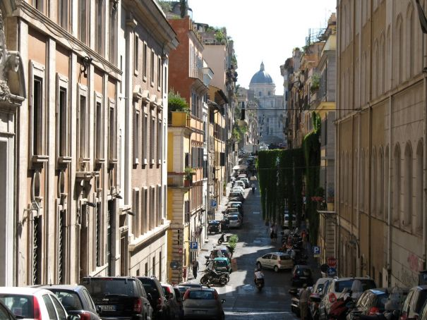Pedestrianisation of Rome's Monti opposed by residents