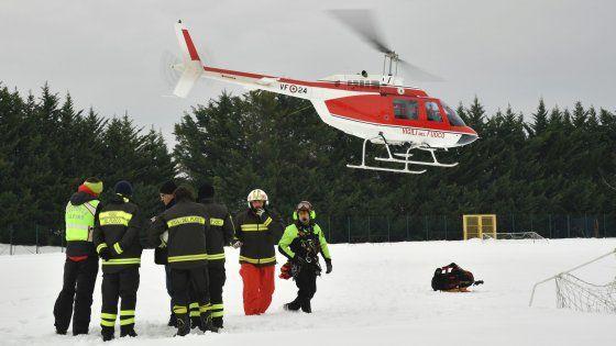 Six avalanche survivors found at Abruzzo hotel