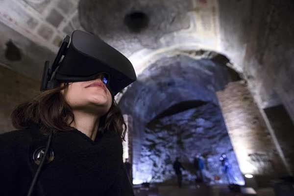 Virtual reality tours of Rome's Domus Aurea