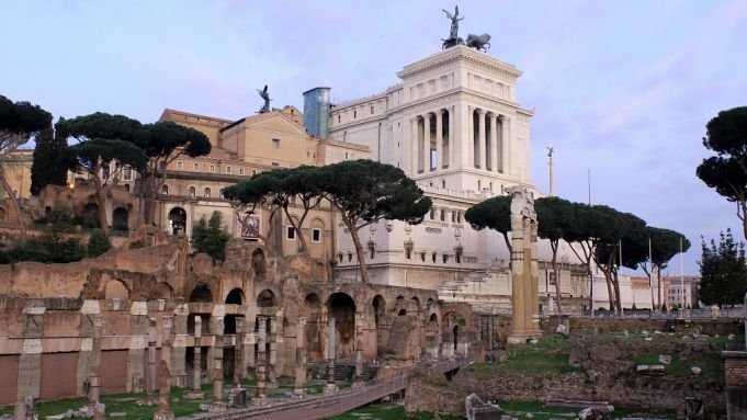 Denmark funds excavations at Caesar's Forum