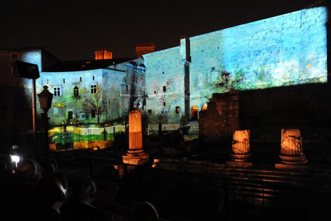 Light shows at Roman Forum by night