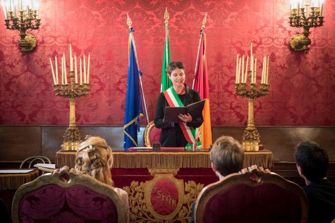 Clarissa Botsford of Passaggi celebrates a civil wedding at the Campidoglio in Rome
