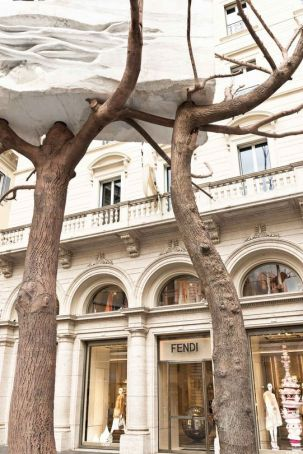 Fendi gifts Penone sculpture to Rome