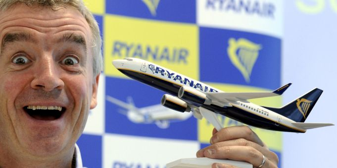 "Ryanair reiterates offer to buy ""restructured"" Alitalia"