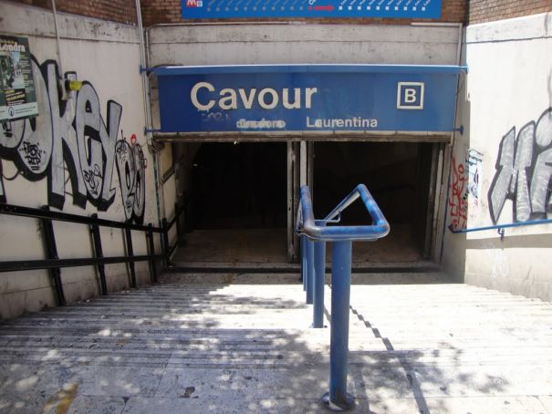 Wanted in Rome Junior: Cavour Metro