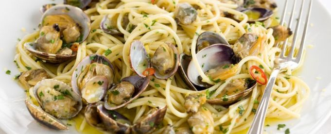 Wanted in Rome recipe - Spaghetti alle vongole