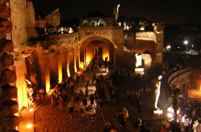 Jazz by night at Trajan's Markets