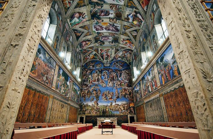 Vatican Museums at night tour