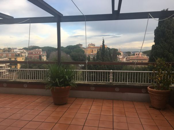 Prestigious 280m2 Penthouse in Monteverde Vecchio