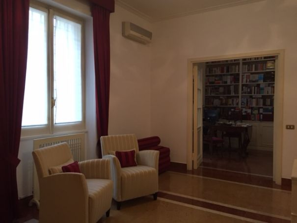 2 BEDROOM APARTMENT FURNISHED CLOSE TO VATICAN
