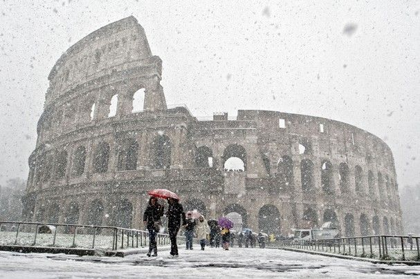Rome schools close over snow alert