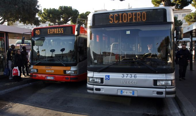 Rome public transport strike on 22 March