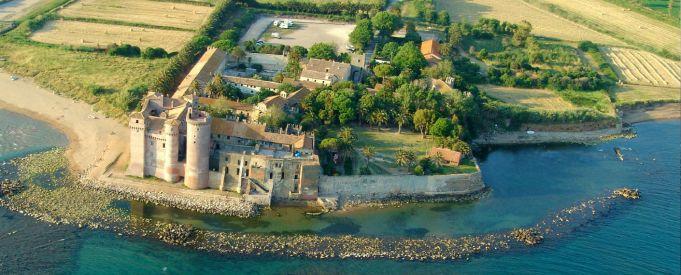Hostel opens at beach-side castle near Rome