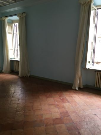 Castel Sant'Angelo - 4-bedroom apartment with balcony!