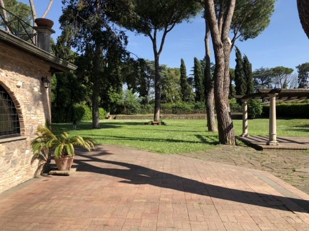 One of a Kind villa on Appian Way