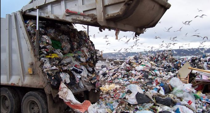 Rome sends rubbish to southern Italy