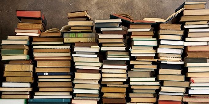 Rome library gives away free books