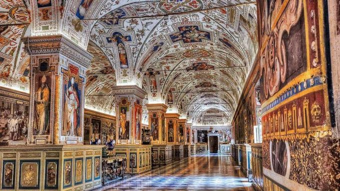 Friday 19 October  - Vatican Museums night