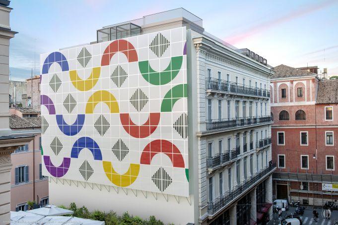 Daniel Buren creates monumental work in Rome