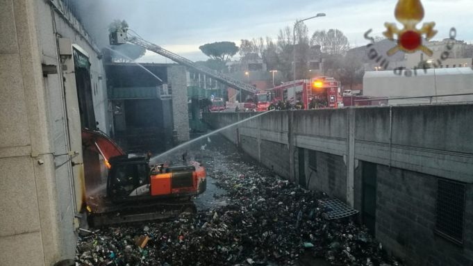 Rome mayor suggests repair café at waste facility destroyed by fire