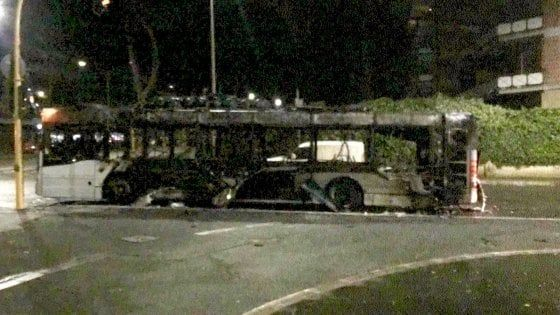 Rome city bus catches fire in EUR