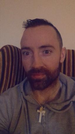 Irish man looking for full time work rome