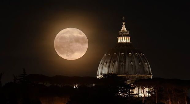 Supermoon over Rome on 19 February