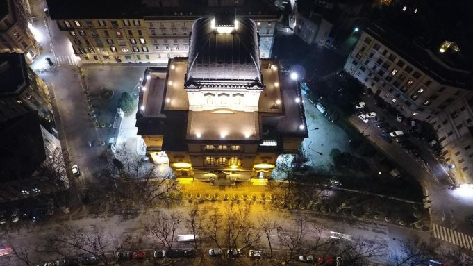 Rome illuminates Synagogue with LED lights