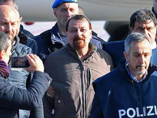 Milan ex-terrorist nabbed, finally admits 4 homicides