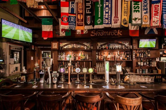 Rome's Shamrock Irish pub celebrates 20 years