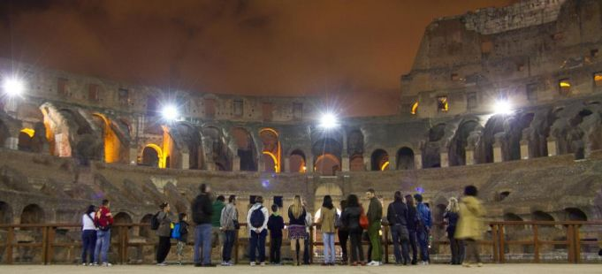 Moonlight tours of the Colosseum in Rome